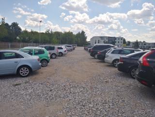 Parking R1
